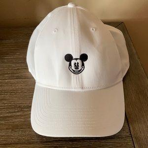 Mickey Nike hat NWOT